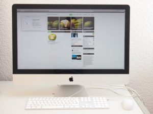 "iMac 27"" 2011 front"