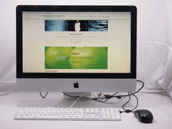 """Apple iMac 21"""" 3.06GHz Core 2 Duo 2009 New SSD"""