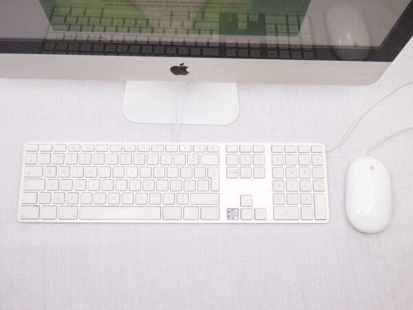 "Apple iMac 21"" 2.7Ghz Core i5 New SSD"
